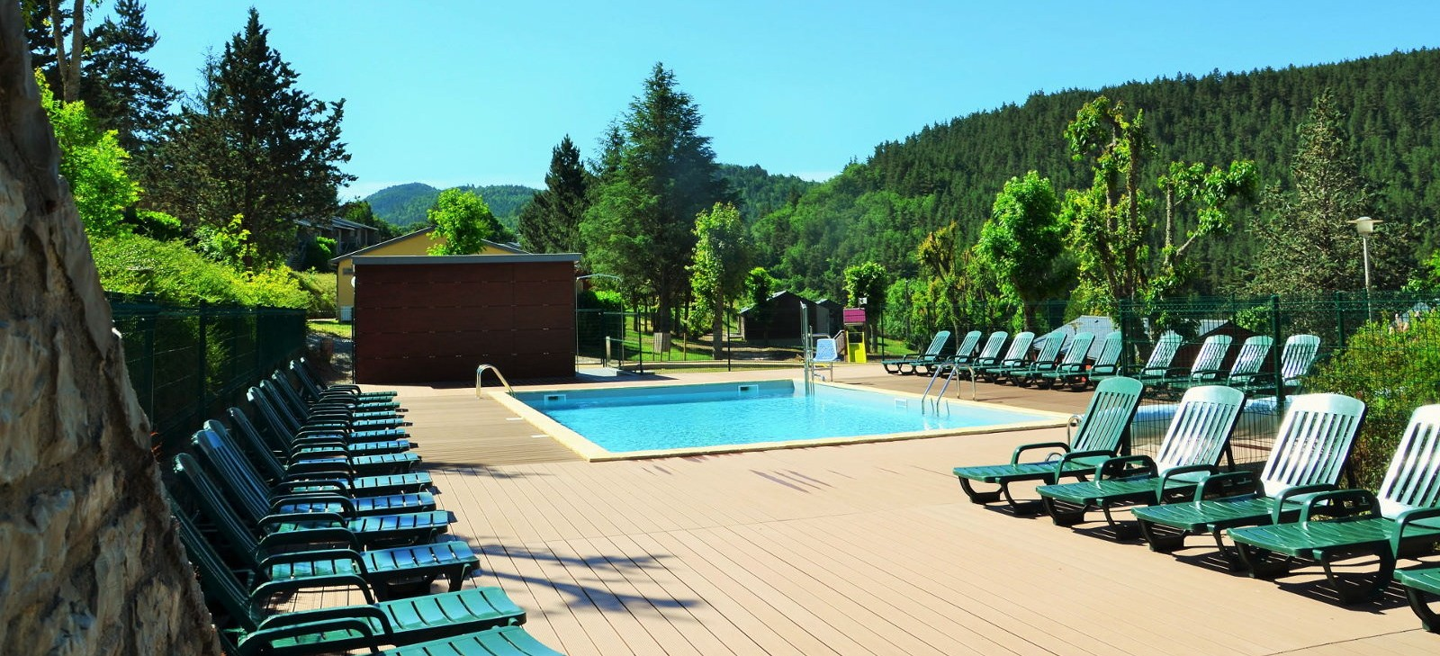 piscine Meyrueis Vacances
